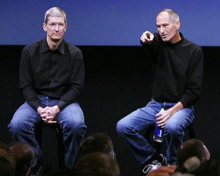 steve-jobs-tim-cook-jeans.jpg